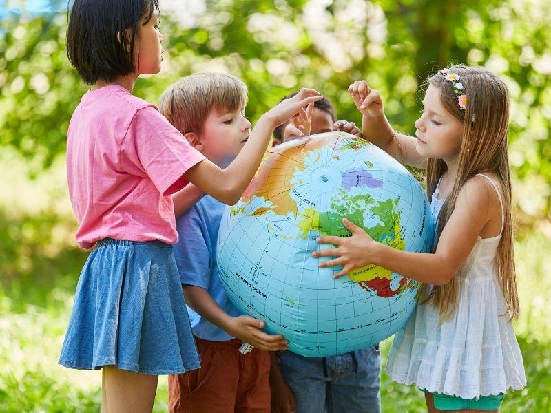 Penser et mettre en action le monde, avec l'école des chevauchées